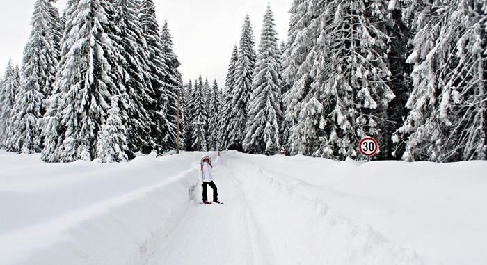 A Pádis-fennsíkon nem ritka az 1 méteres hóvastagság sem.