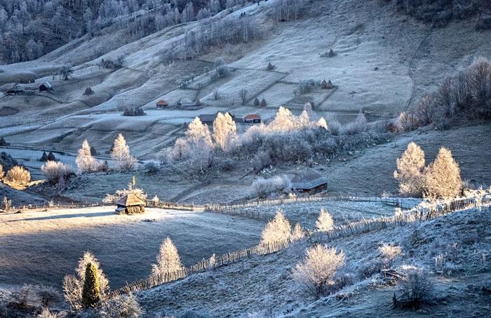 Télen is meseszép az élet bölcsője.