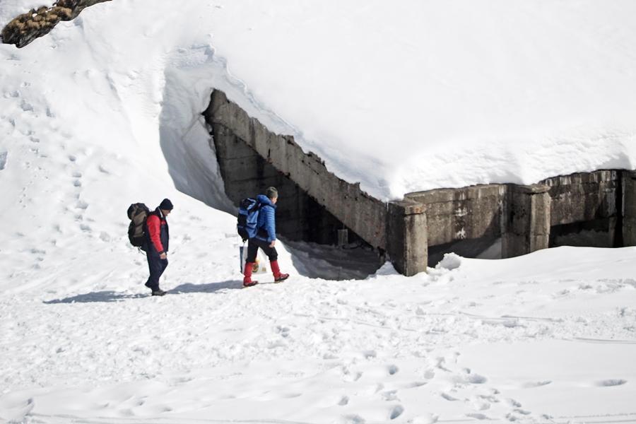 Hó alatt az alagút